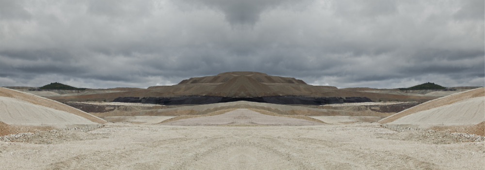 La Beauté de la destruction : désert minier, 2015 / The Beauty of Destruction: Mining Desert, 2015