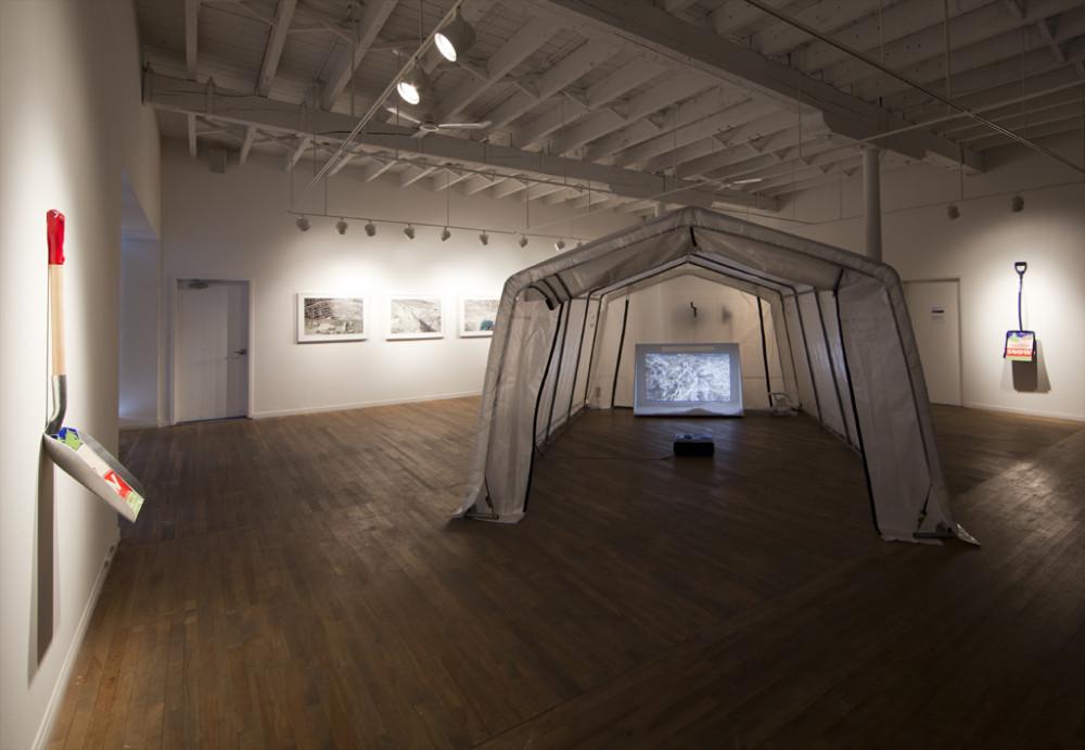 Asbestos Storm, installation, Sporobole Art  actuel, Sherbrooke (Québec), 2014.