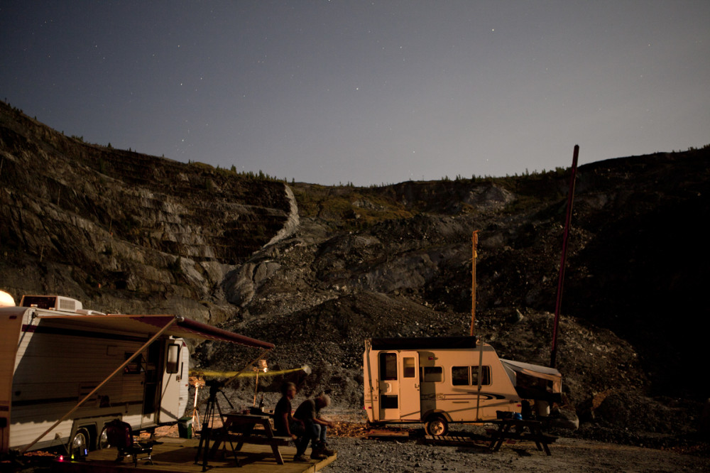 01 Camping in the mine, 2012
